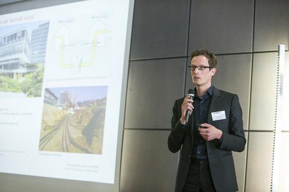 Volker Ritter bei seinem Referat während der Fachtagung eco-bau/NNBS 2016